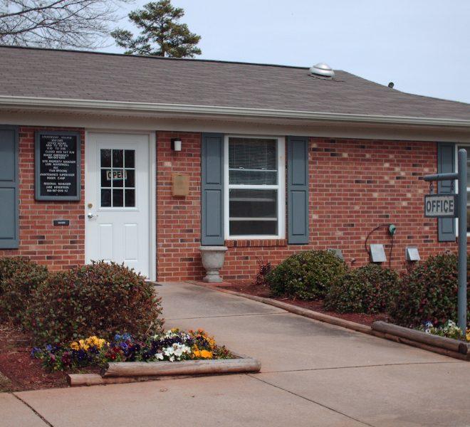 Colonial Manor Apartments: North Carolina, South Carolina And