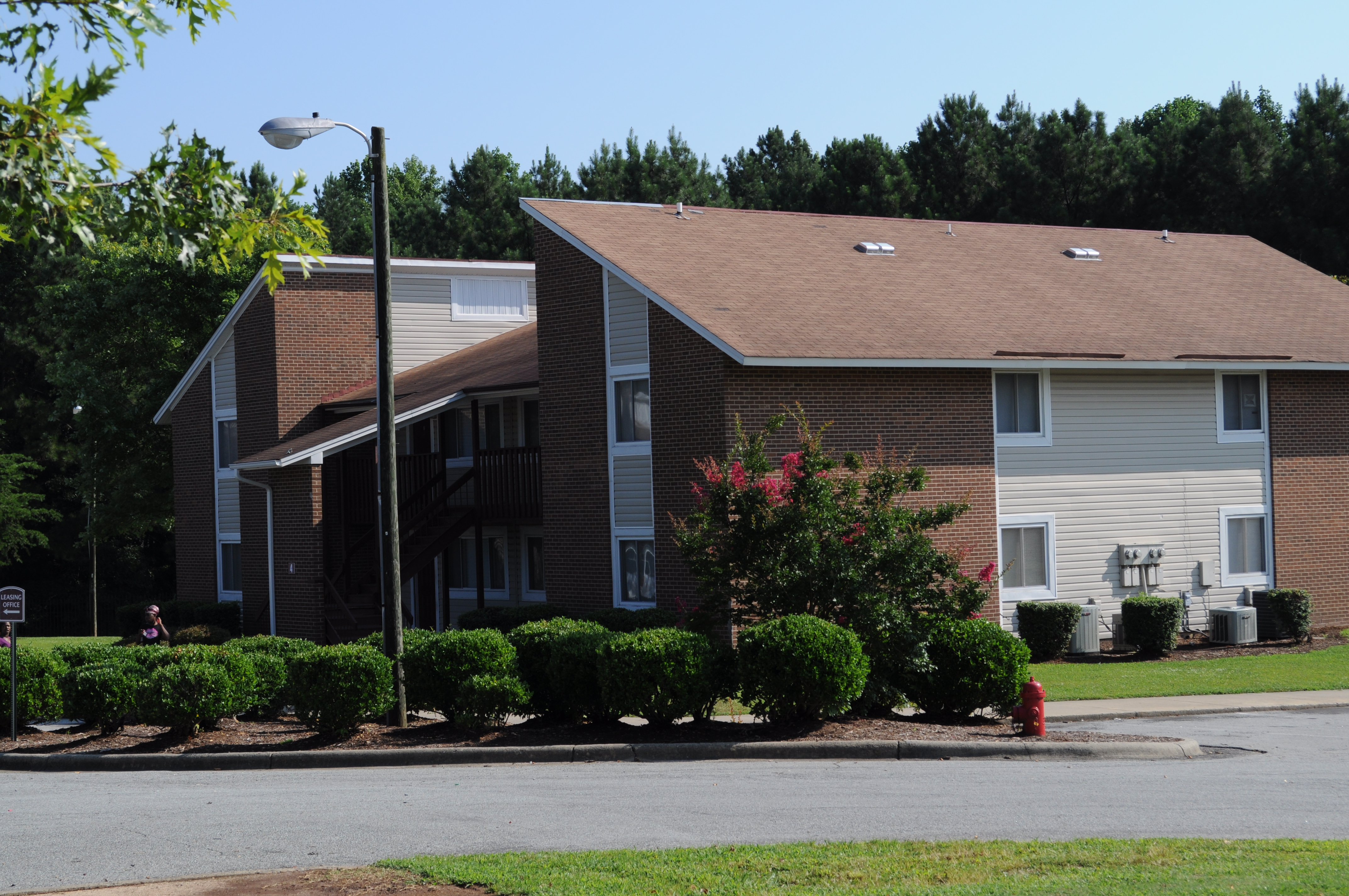 Rochelle Manor Apartments - westminstercompany